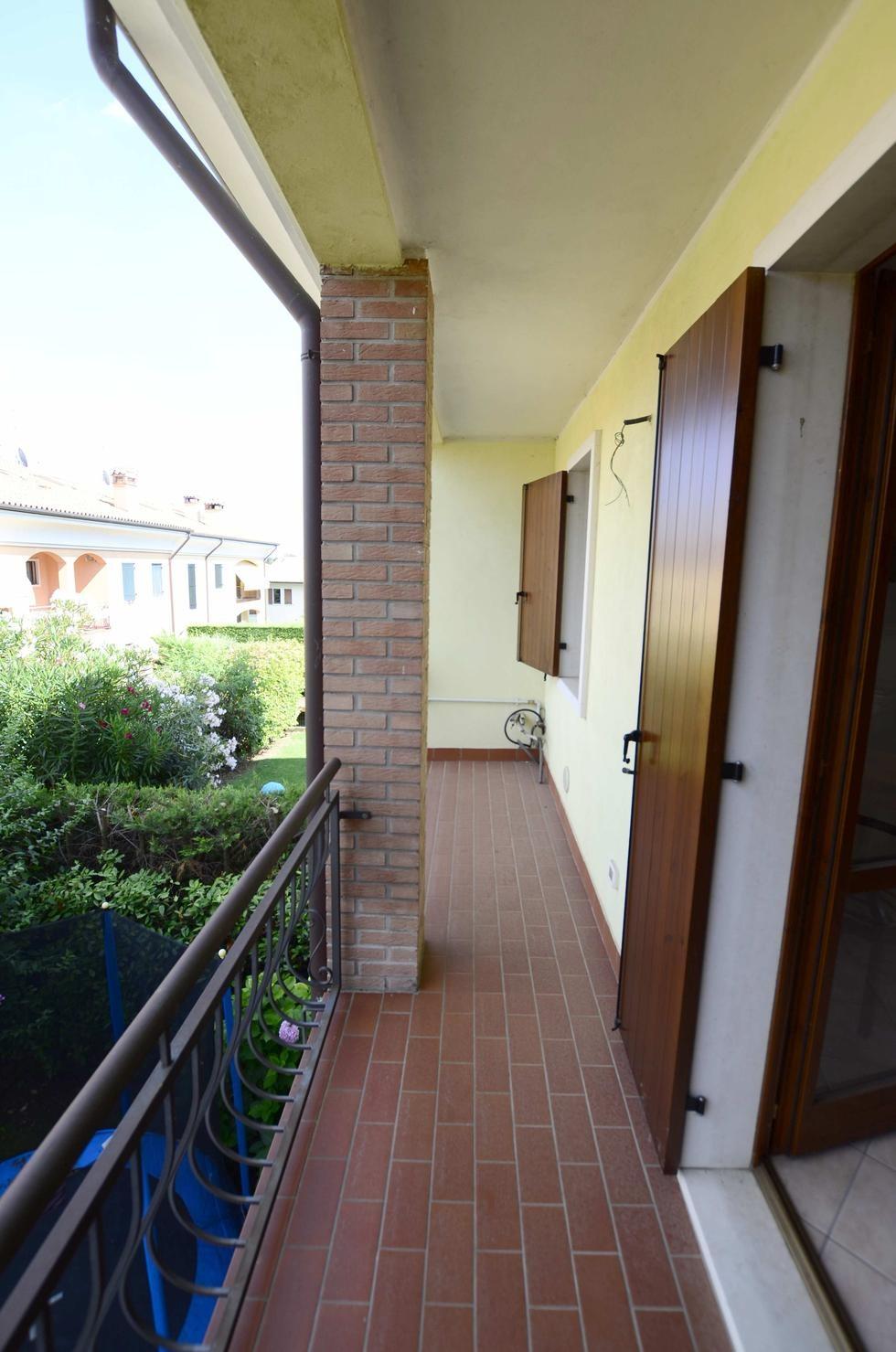 Appartamento duplex in vendita a pescantina settimo for Piani duplex con garage in mezzo