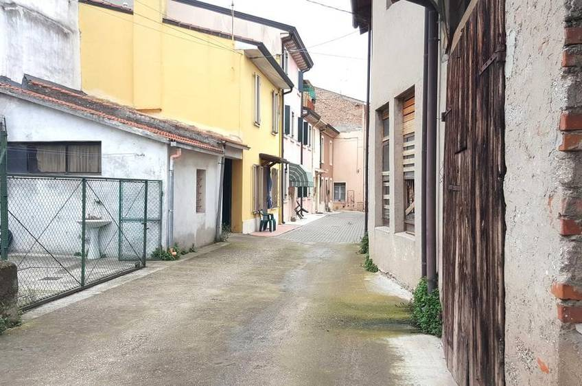 Porzione di Casa Residenziali in vendita Villafranca di Verona - Quaderni
